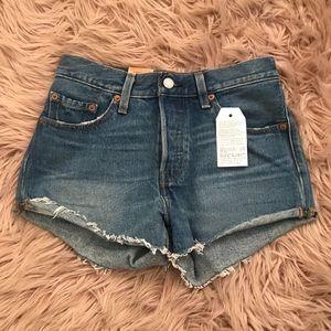 NWT Levis Premium 501 Denim Shorts Size 24